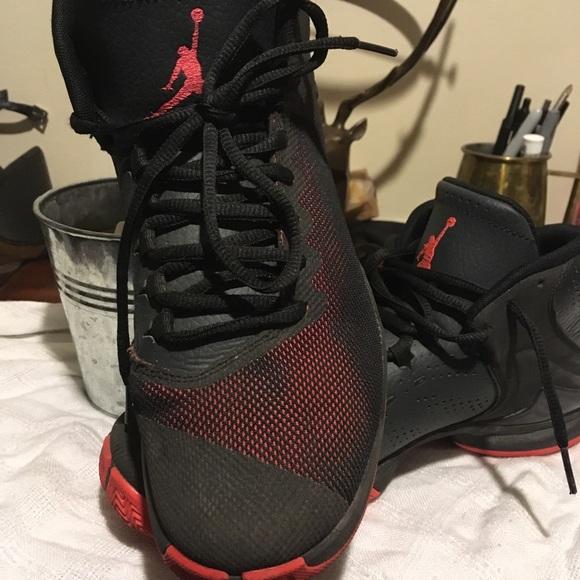 get cheap 6b26f 440e7 Black and coral Jordan's